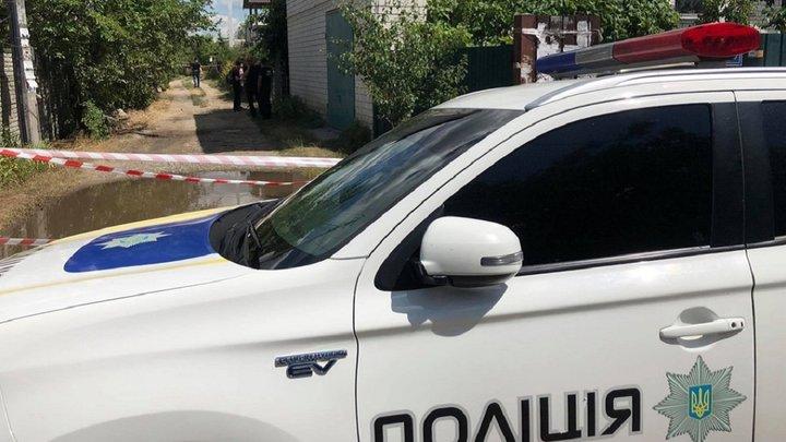 Скрывается в лесу. Полтавский террорист отпустил заложника: операция еще продолжается