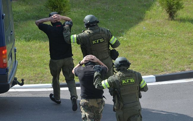 «Хотели дестабилизировать выборы». Громкое задержание банды в Беларуси — предъявлено серьезное обвинение. Поиски продолжаются