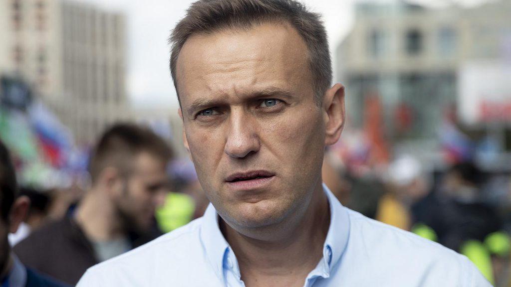 Состояние критическое. Навальный не выходит из комы. Не дают вывезти за границу: у Путина уже прокомментировали