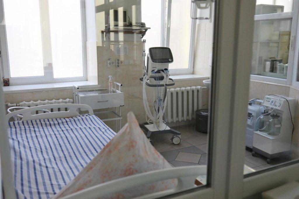 «Кричала от боли и задыхалась». Киевлянку с COVID-19 направили в больницу без врачей, боялись заходить. Гремит скандал