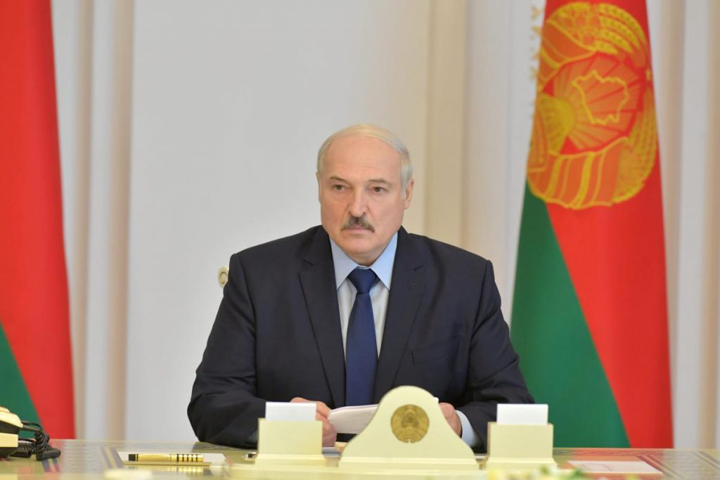 Только что! Задержание продолжаются: Лукашенко взялся за предприятия. Первый пошел