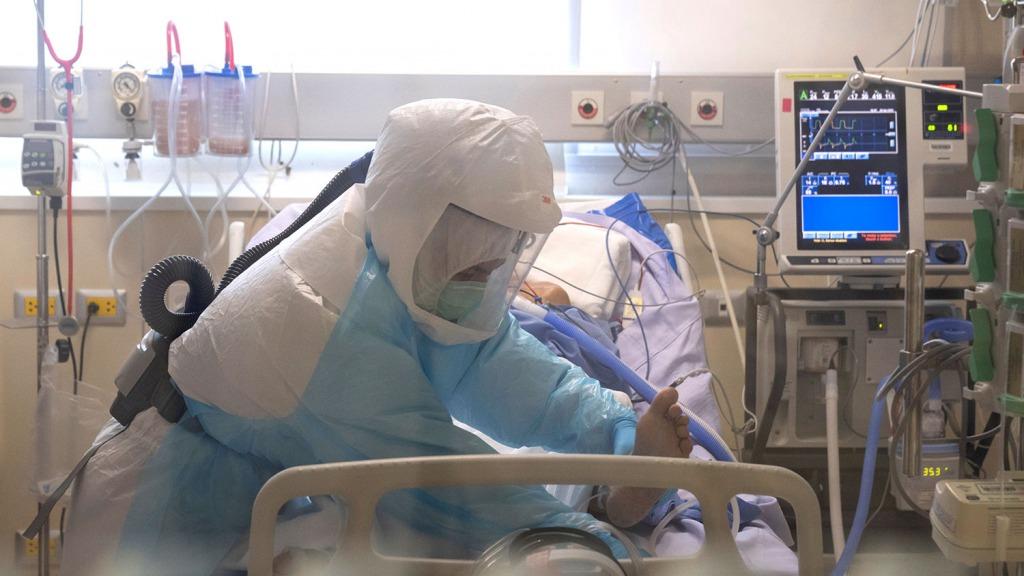 Настоящий коллапс! В Ивано-Франковске больницы переполнены больными коронавирус. «Продолжают прибывать»