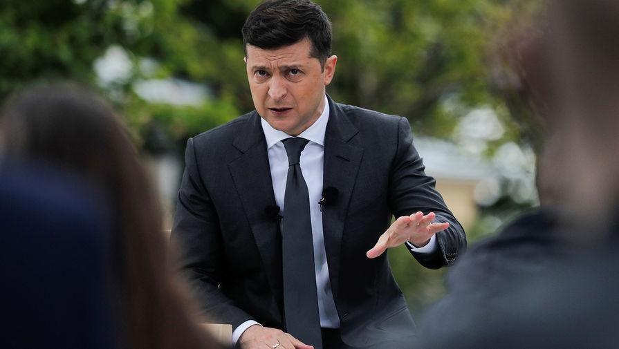 «Обречено на провал»: Зеленский анонсировал украинцам налоги по-новому: сколько и за что придется платить