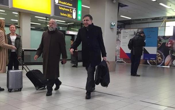 «Вылетел!» Саакашвили напоследок «дал прикурить» всем, еще меня вспомните: украинцы аплодируют стоя