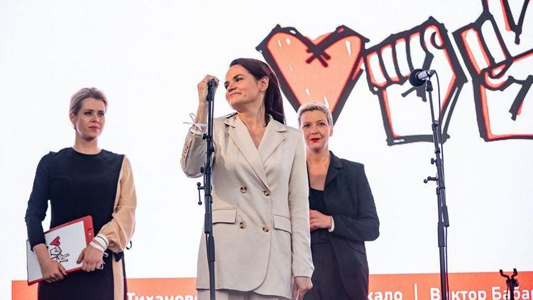 Только что! Тихановська записала новое обращение, важная просьба. «Не хочу крови и насилия!»