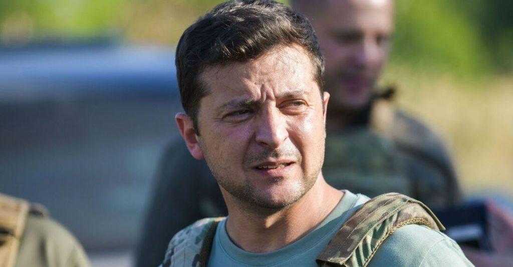 «Плевок в лицо всем украинцам!»: Зеленский прокомментировал скандальное назначение в ОП. «Это не справедливо»