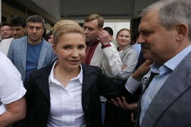После 14 лет! Он покинул Тимошенко — Леди Ю в шоке, просто в Раде. Такого не ожидал никто