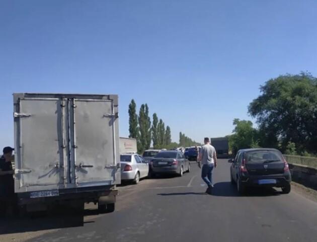 Жуткое ДТП на Николаевщине. Травмирован ребенок. Куски металла разбросаны по дороге