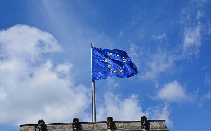 «Еще на две недели». Совет ЕС принял неутешительное решение в отношении Украины — остались под запретом