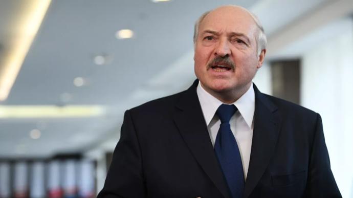 «Погибнем как нация!» Лукашенко отличился новым скандальным заявлением, Украине досталось. «Начало конца»