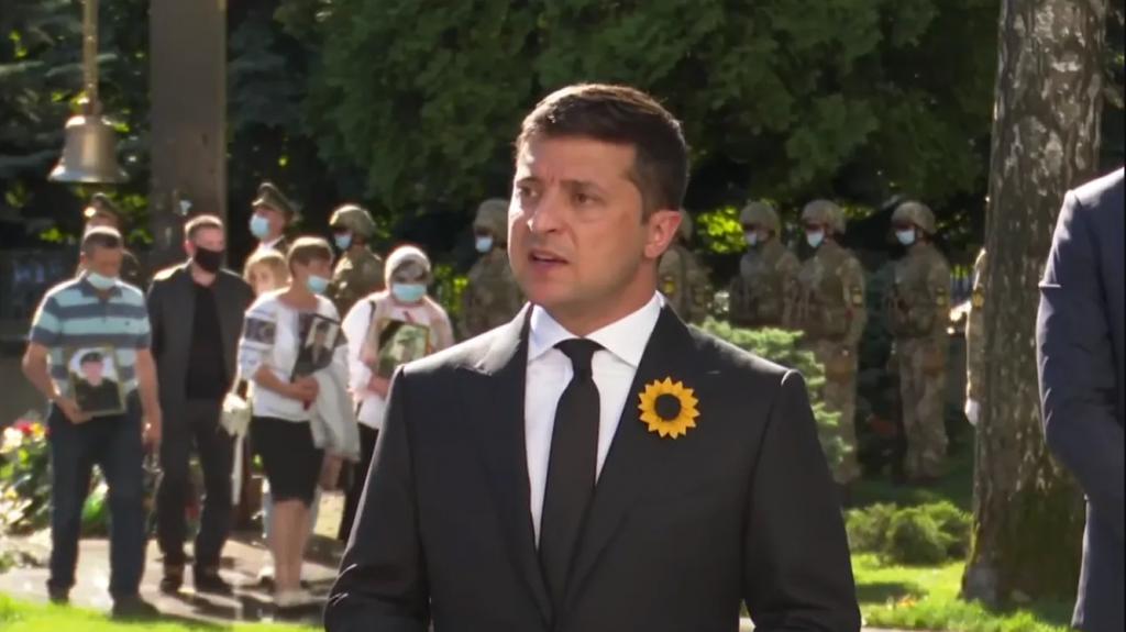 Только что! Зеленский приехал лично, украинцы аплодируют — важные слова. «Такая рана не затянется»