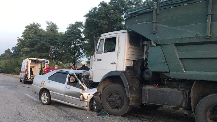 Несколько часов назад! Жуткая авария унесла жизни матери и дочери: врачи не смогли помочь