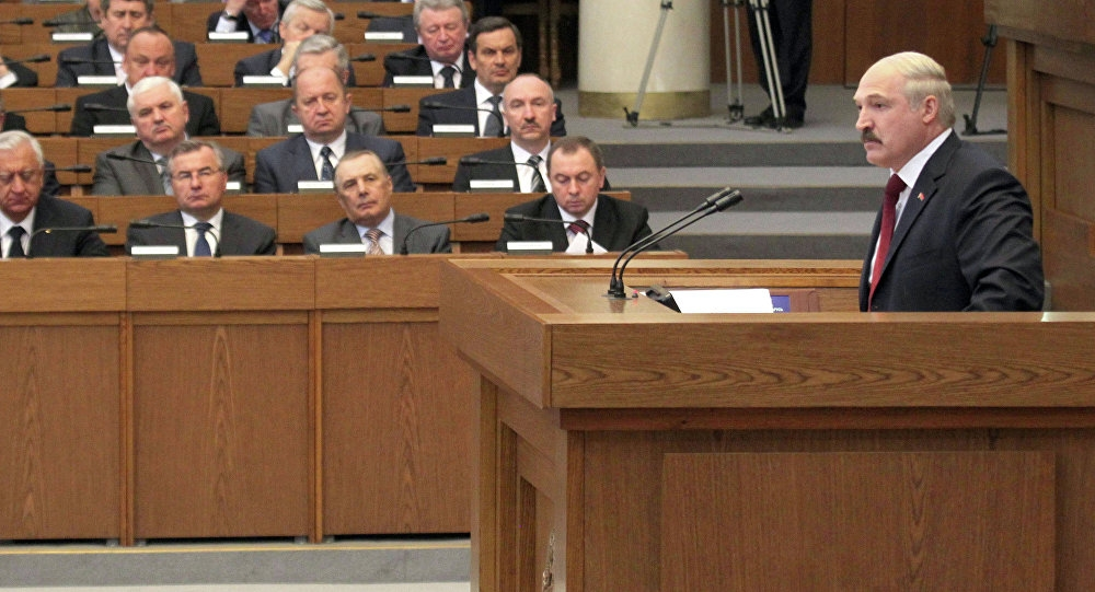 Диктатор обезумел! Лукашенко конец – срочно уехать. Импичмент – парламент снес старика