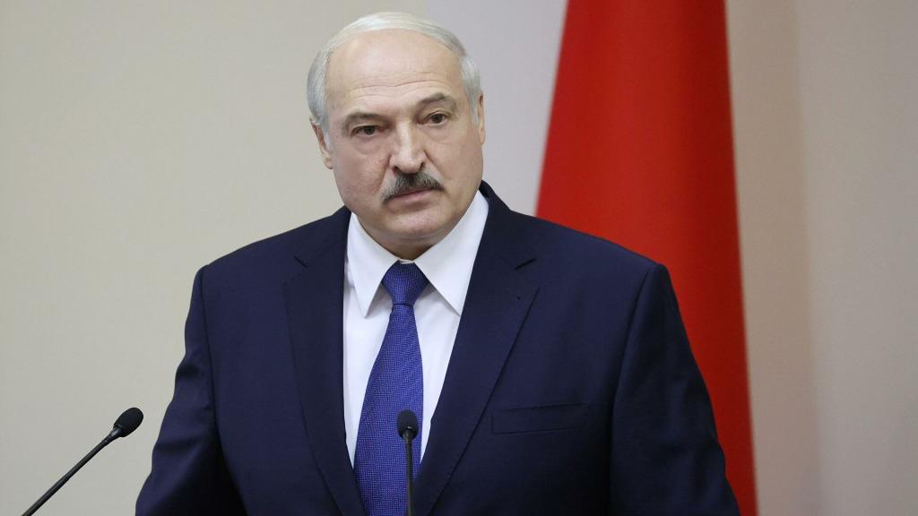Лукашенко решился на отчаянное заявление: прошелся по всем «соседям». «Киев присоединился к американским сателлитам»