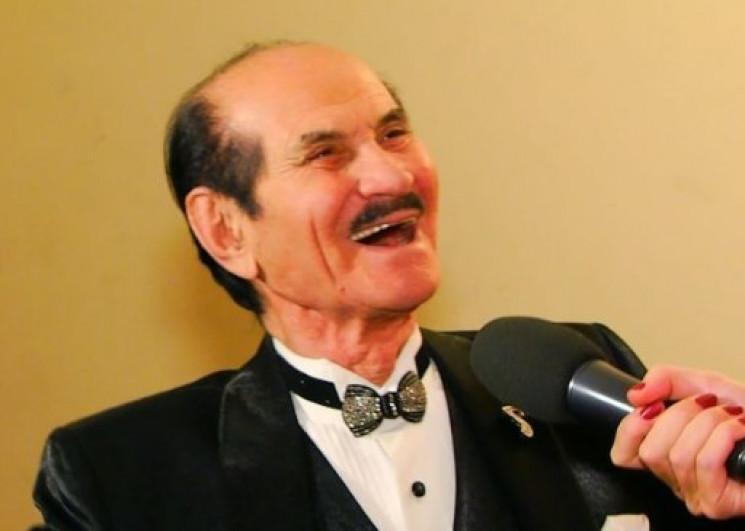 «На закате моей жизни…»: 90-летний Чапкис тайно женился на молодой возлюбленной, что известно