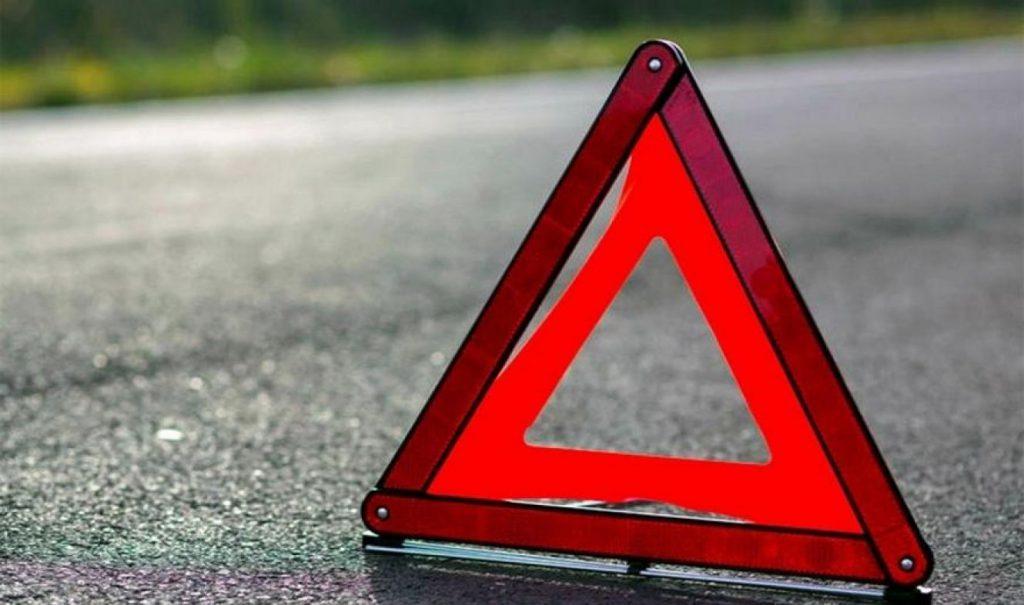 Масштабное ДТП всколыхнуло всю страну. Пострадали 12 человек, есть погибший: обломки автомобилей по всей дороге.