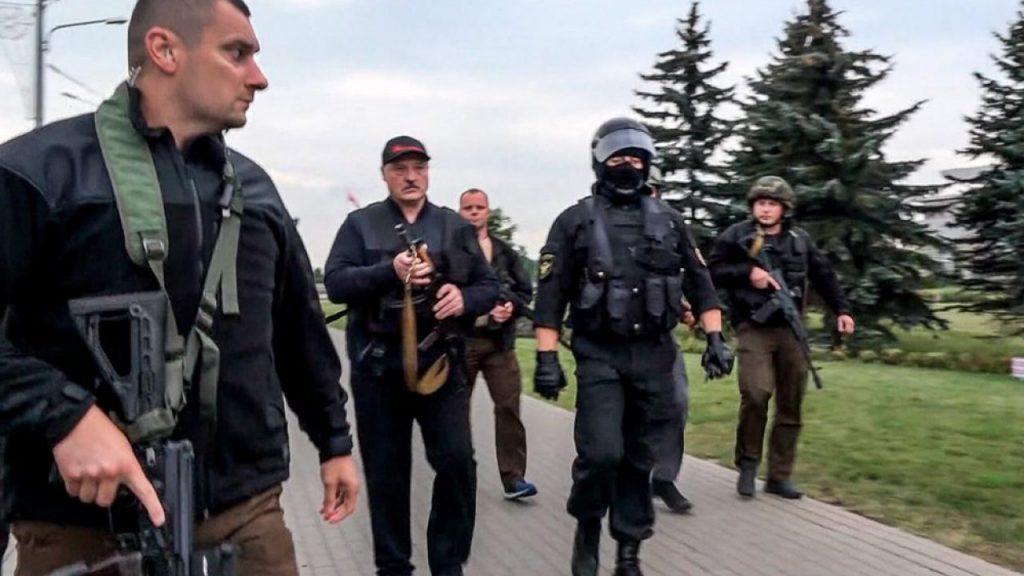 Лукашенко в центре громкого скандала — сработали комплексы. Дешево и жалко — режим беспомощный!