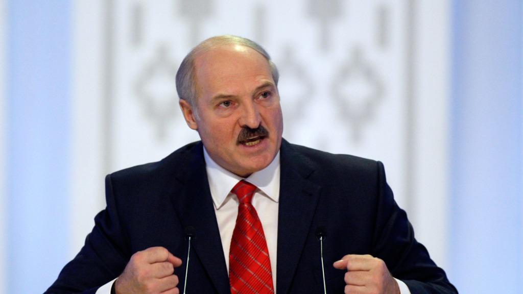 Только что! У Лукашенко жестко ответили Зеленскому: «спуститесь на землю и начните диалог». Ситуация требует решения