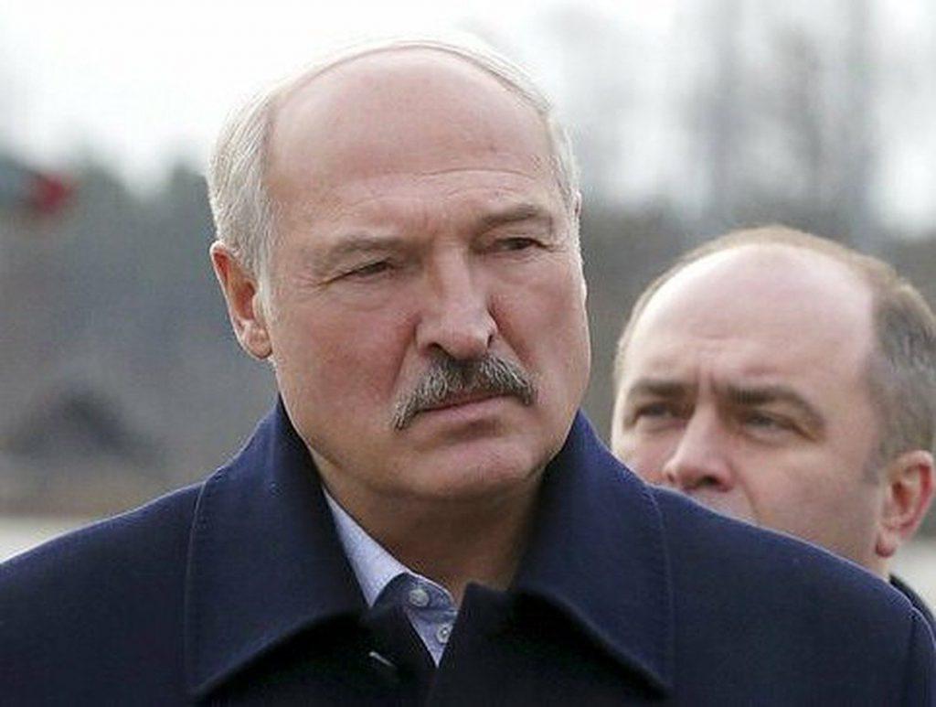 Срочно! Он пошел: шокирующие события в Беларуси. Бацька это сделал лично. Лишили рангов