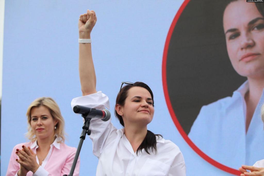 Вслед за Лукашенко! Тихановська решилась на это — будет инаугурация. Белорусы в шоке: уже в это воскресенье