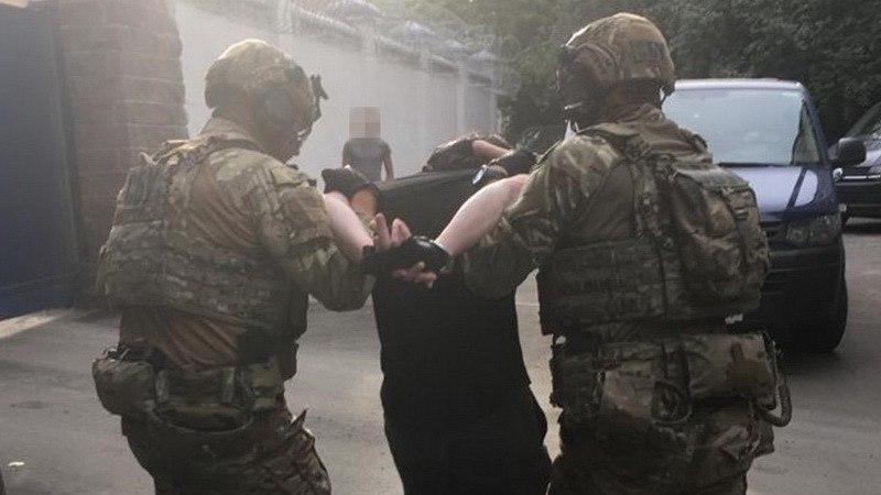 Прямо в центре Киева! СБУ задержала одного из лидеров международного терроризма: координировал ячейки за рубежом. Интерпол не забудет