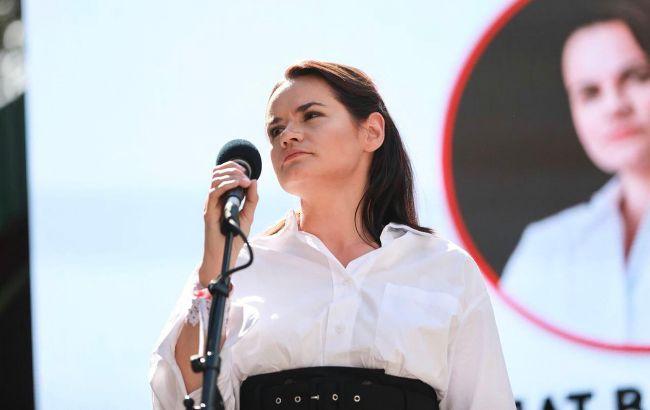 Только что! Тихановська эмоционально обратилась к ним — придется посмотреть в глаза народу. «Должны освободить»