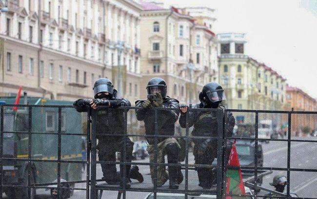 Взяли прямо на митинге! Даже не думают останавливаться, белорусы в шоке — около сотни задержанных
