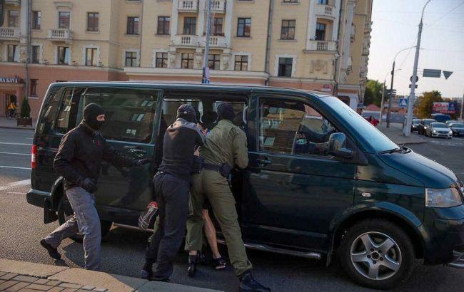 К началу протеста! У Лукашенко снова взялись за свое — новые задержания. Страна в шоке — с оружием в руках