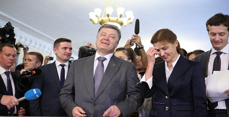 На всю страну! Соратник Тимошенко «влепил» Порошенко — он не патриот. Это он привел Медведчука