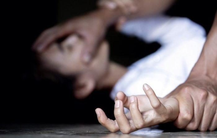 «Просто резко напал и потащил в кусты» В Луцке в парке жестоко изнасиловали девушку. До сих пор дрожит после нападения