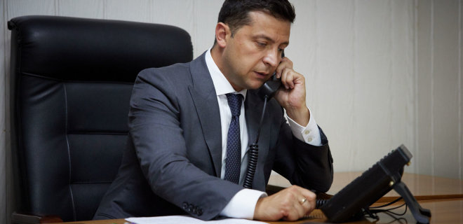 Зеленскому доложили! Он уже в Раде, украинцы поражены — уходить не собирается. «Ни в коем случае»