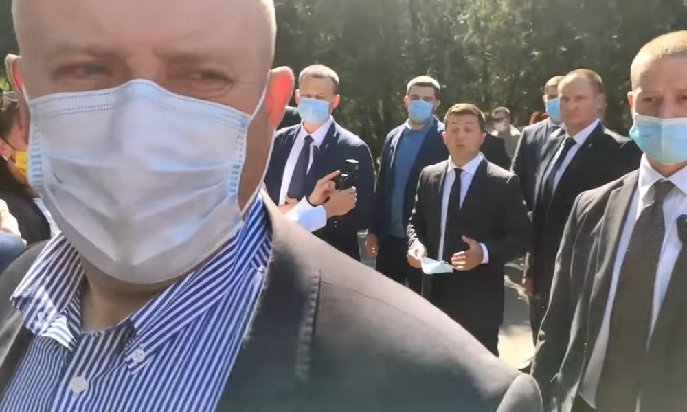 Прямо на заседании! Зеленский в шоке — он ушел из партии. Заявление уже на столе. «Немедленно сложить мандат»
