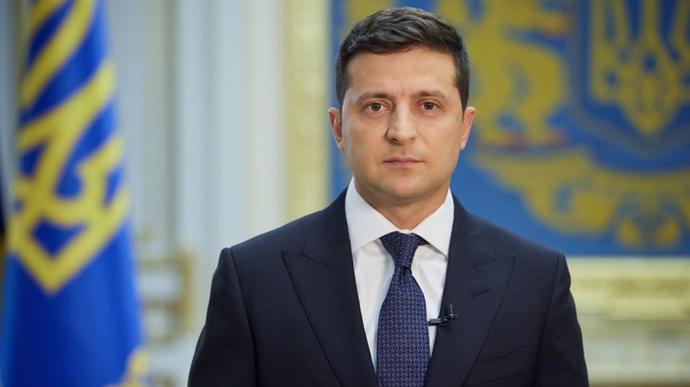 Только что! Зеленский срочно обратился к украинцам — всенародный опрос: «5 важных вопросов»