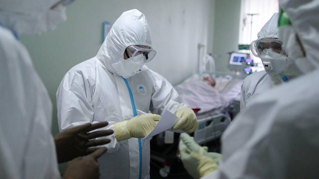 Ситуация напряженная. Обновленная статистика по коронавирусу на 15 октября: Харьковщина и Киев лидируют