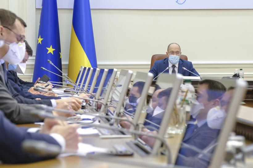 Во время заседания! Кабмин принял срочное решение — бесплатно. Украинцы аплодируют: так должно быть