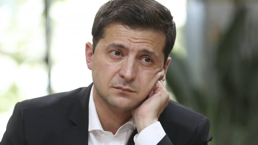 Только что! ЕС серьезно раскритиковал Зеленского — напомнили о проблемах. «Стакан наполовину пуст»