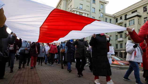 Лукашенко в шоке! Белорусы вышли, время истекло — «забастовка!» Силовики уже наготове, не должны отниматься