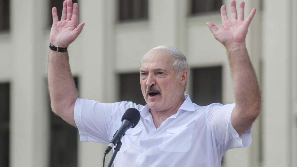 С 1 ноября! Беларусь закрывает границы — не пустят. Кому запрещен въезд, а кого все-таки пустят