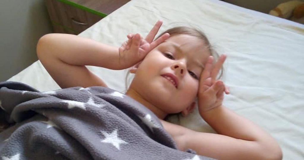 «Никто не верил, что моя дочь будет жить». Усиленная реабилитация может подарить Даше полноценное будущее