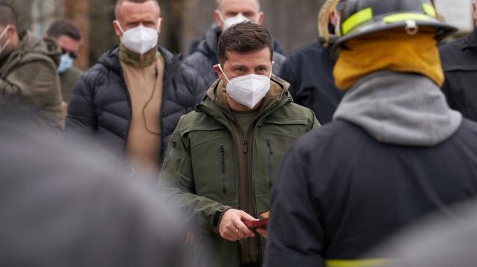 Слышны взрывы! На Лушанщини продолжает бушевать стихия, Зеленский срочно отреагировал: огонь уже добрался …