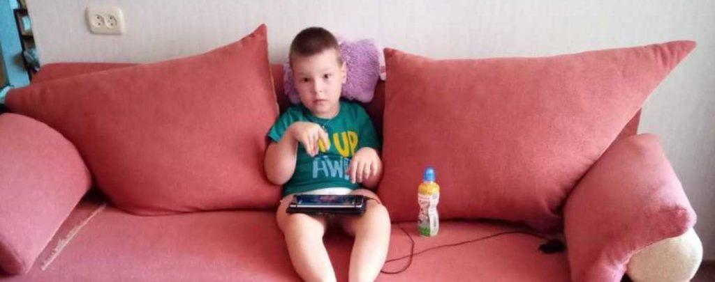 «Я мечтаю, чтобы сын шел со мной за руки»: Виктору нужна ваша помощь