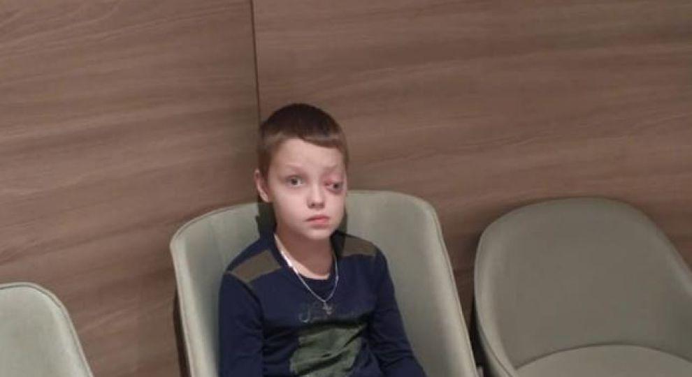 Онкология поразила глаз мальчика. Спасти жизнь сына просит мама Олега