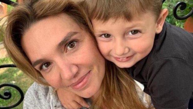 «Сыночек, ты к нам сегодня вернулся»: Мама погибшего Саши Соболева ошеломила новостью — 21 октября