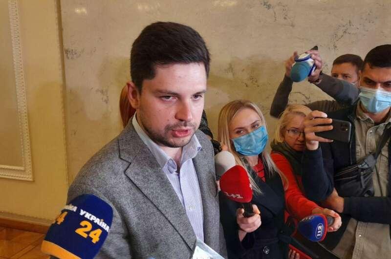Вопрос назрел! В команде Зеленского приняли безотлагательное решение — будут изменения. «Нет позиции»