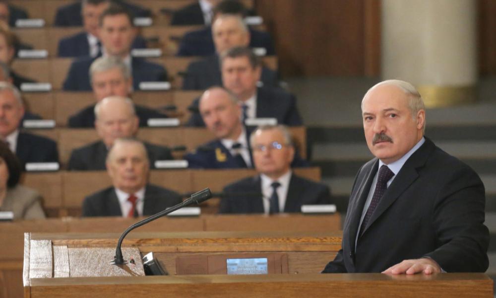 Уже все! Лукашенко убрал своих же. Диктатор издал последний хрип