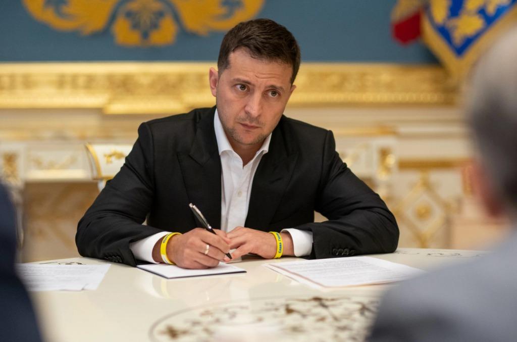 Только что! Шокирующее заявление — Зеленский не ожидал. Скандал с КСУ продолжается. Украинцы возмущены!
