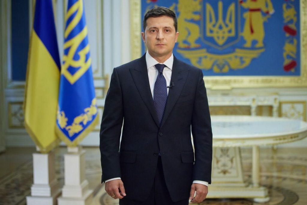 Прямо сейчас! Всеукраинский опрос — Зеленский озвучил второй вопрос. «Допустимый компромисс»