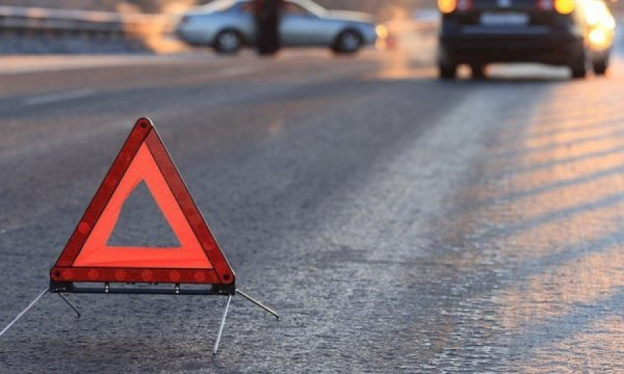 Люди чудом спаслись. Страну потрясло жуткое ДТП, прямо на светофоре: среди пострадавших — ребенок