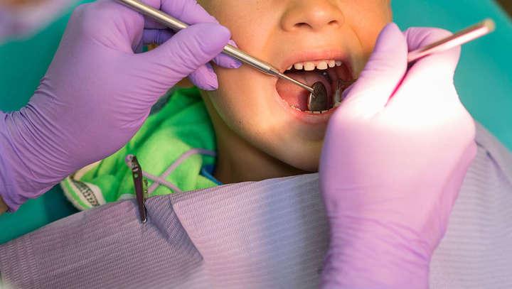 После посещения стоматолога! Трагическая смерть 5-летнего ребенка шокировала город — умерла дома в присутствии врачей