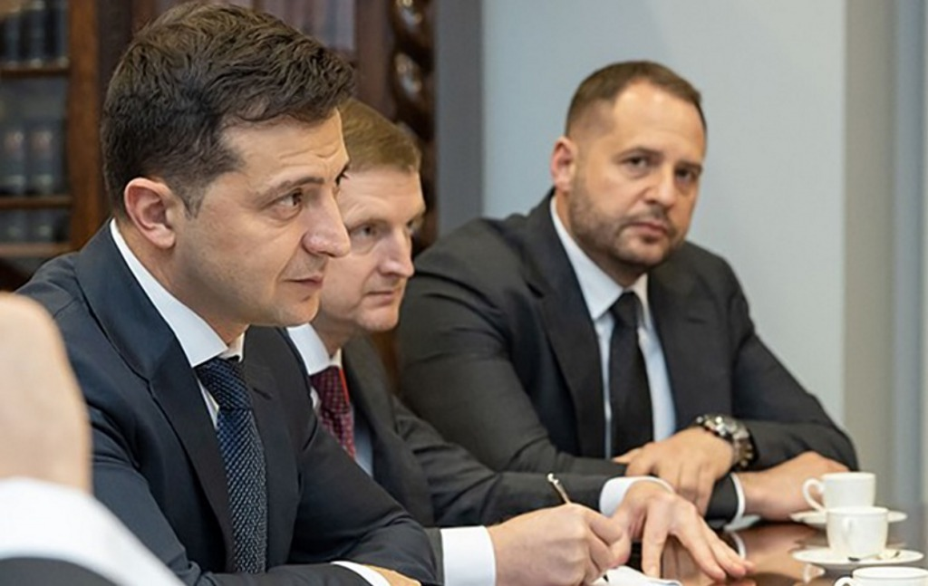 После громкой отставки! Зеленский в шоке — громкие слова: вернется в политику. Украинцы не ожидали — скандал